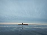 Ruotsin rannikolla paistaa aurinko