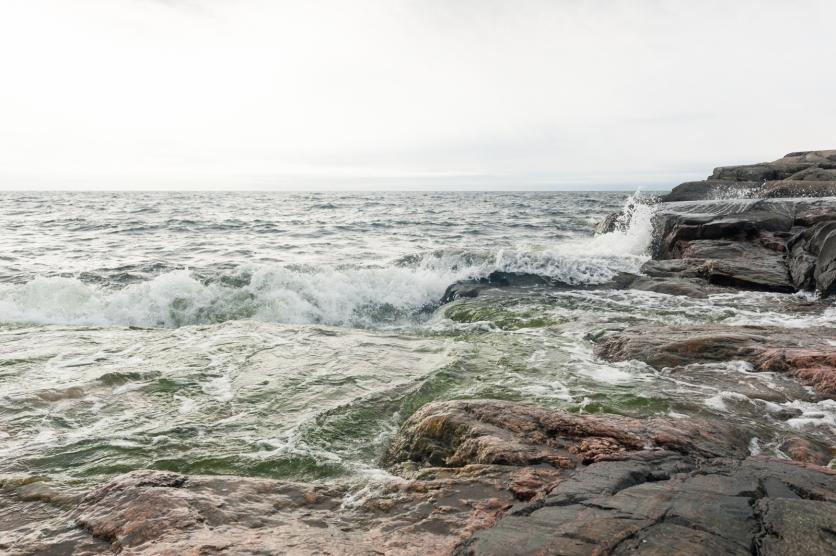 Myötätuuli nosti aaltoja paluu matkalle (kuva Matti Kautonen)